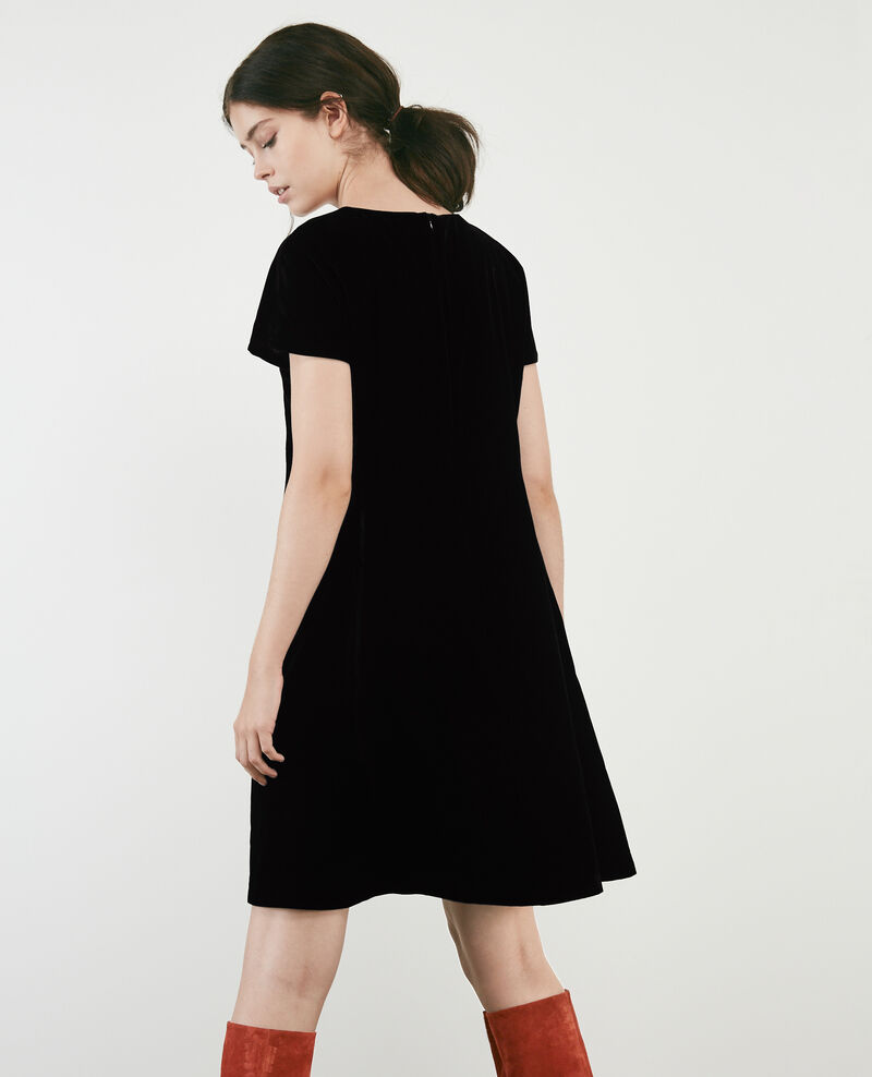 Vestido de terciopelo Noir Dress
