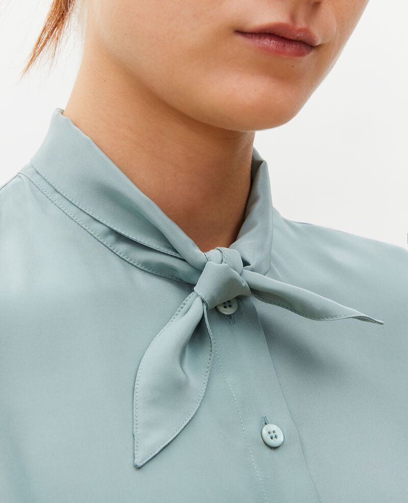 Blusa de seda con manga larga y cuello para atar Chinois green Margueray