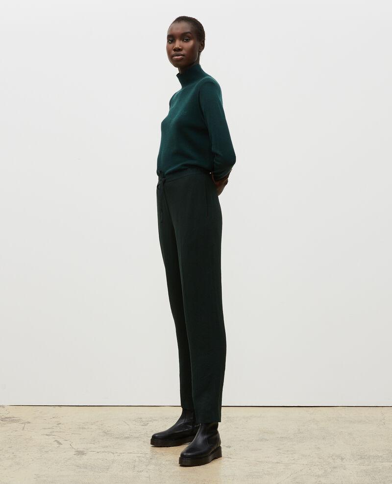 Pantalón tapered estilo sastre Scarab Marca