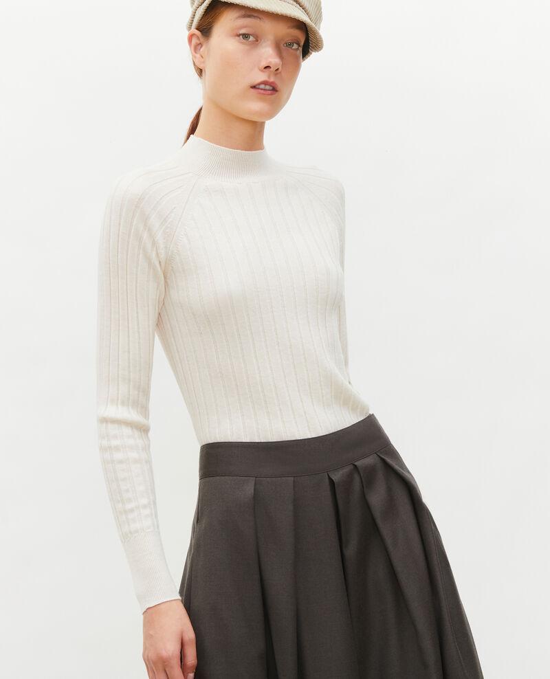 Jersey de canalé con cuello subido de lana merino Jet stream Mulie