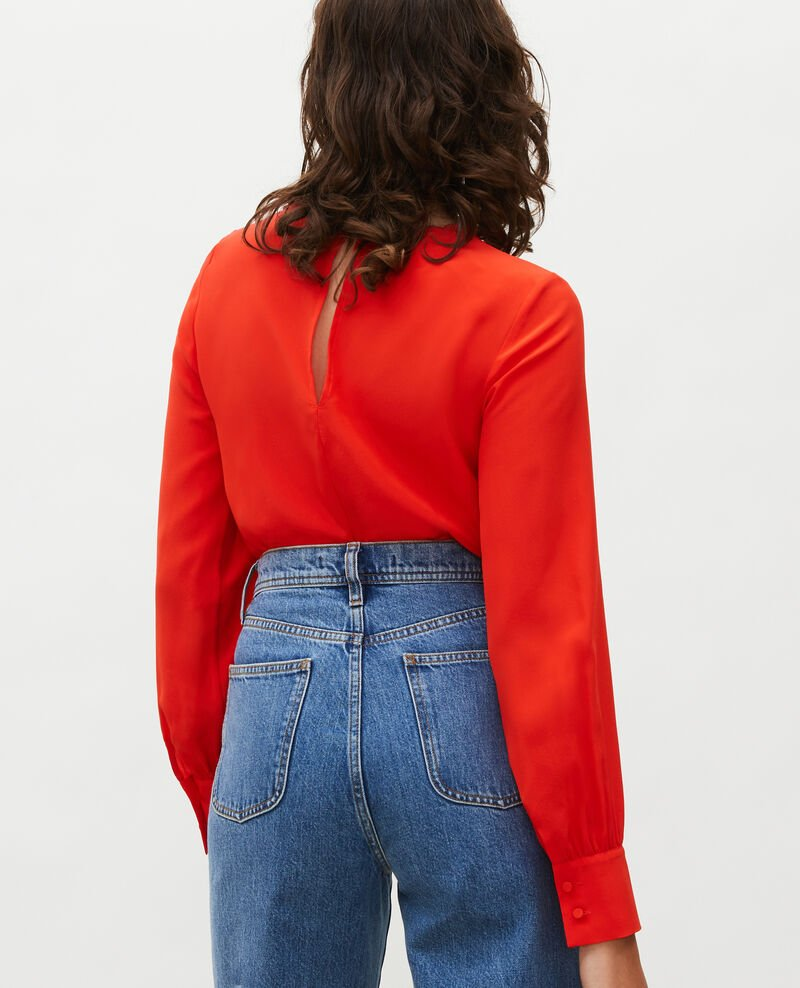 Blusa bordada de seda Fiery red Lolape