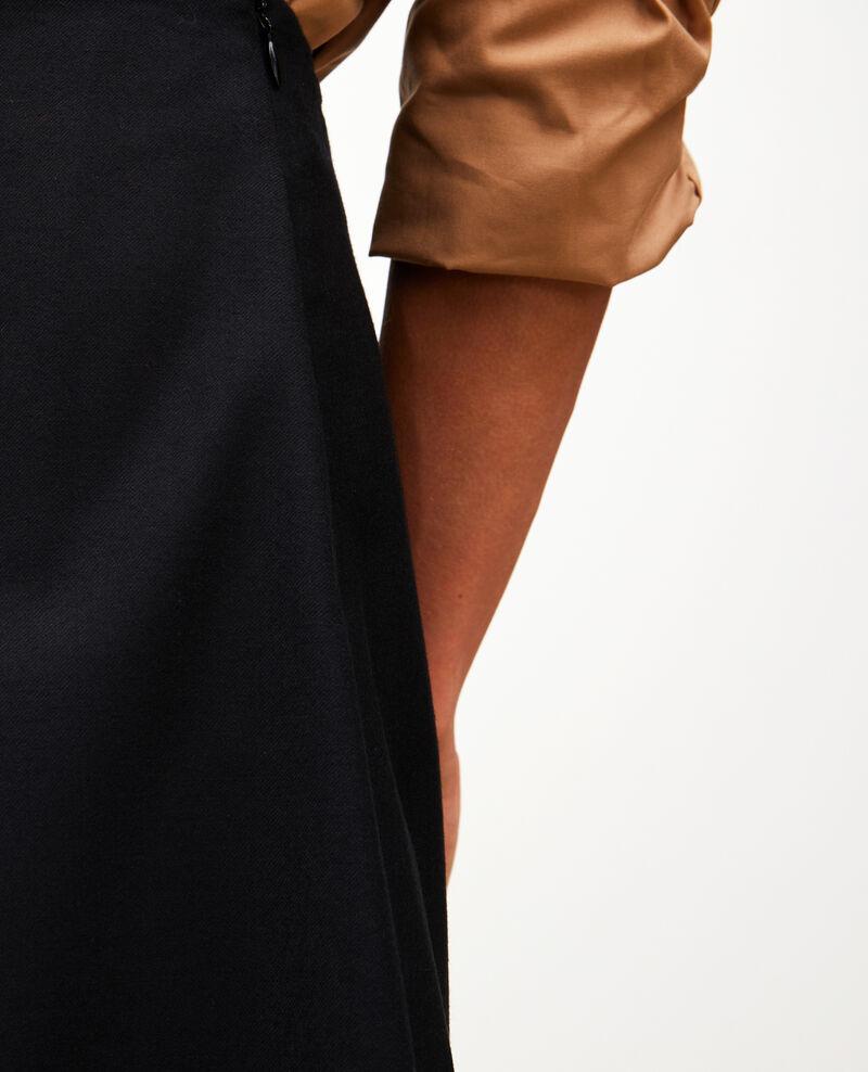Falda trapecio corta de franela de lana Black beauty Marcoles