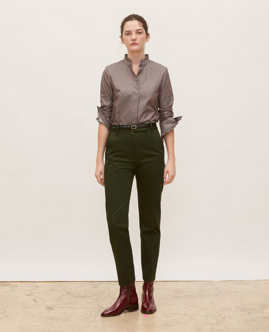 Pantalones chinos 7/8 tapered de algodón MILITARY GREEN