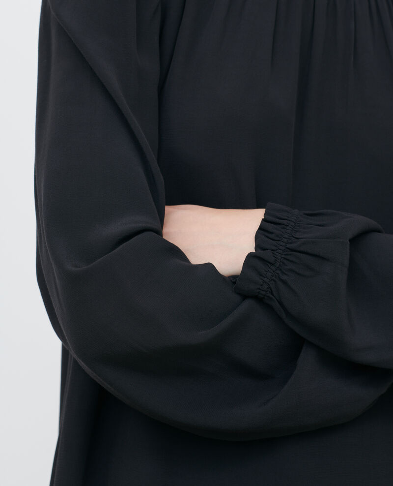 Vestido corto con fruncidos Black beauty Pousson