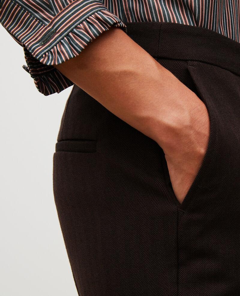 Pantalones MARGUERITE, 7/8 tapered de lana  Coffee bean Mokita