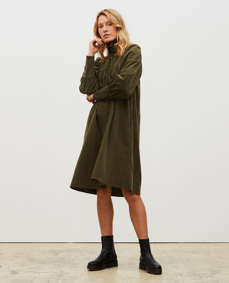 Vestido amplio de terciopelo con pechera  Military green Marcheville