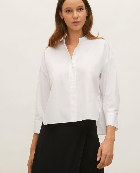 Camisa sin cuello de popelina de algodón. OPTICAL WHITE