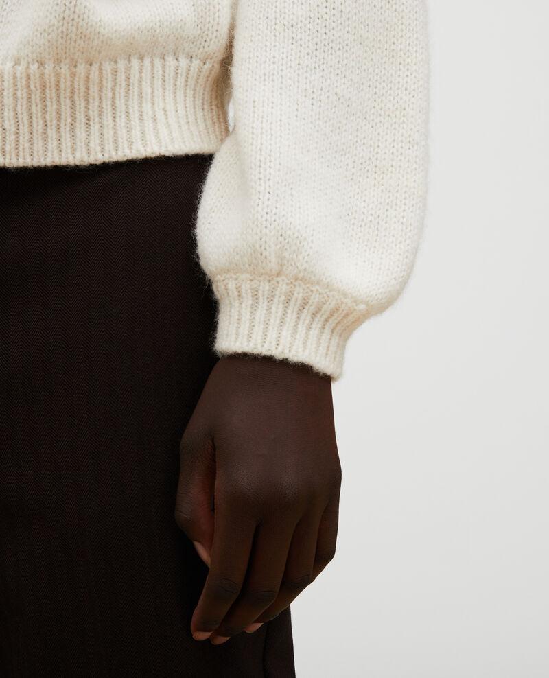 Jersey ancho de lana con escote de barco Jet stream Mombrier