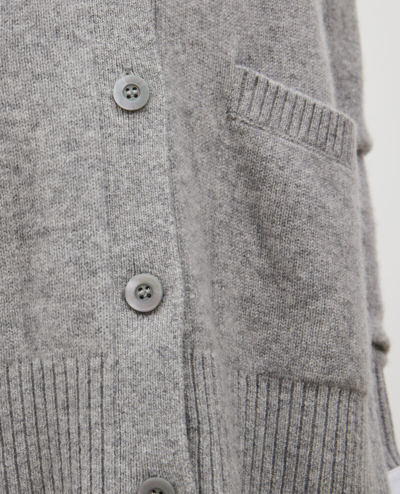 Cárdigan de cachemir con cuello de pico abierto en los lados Light grey melange Moleano