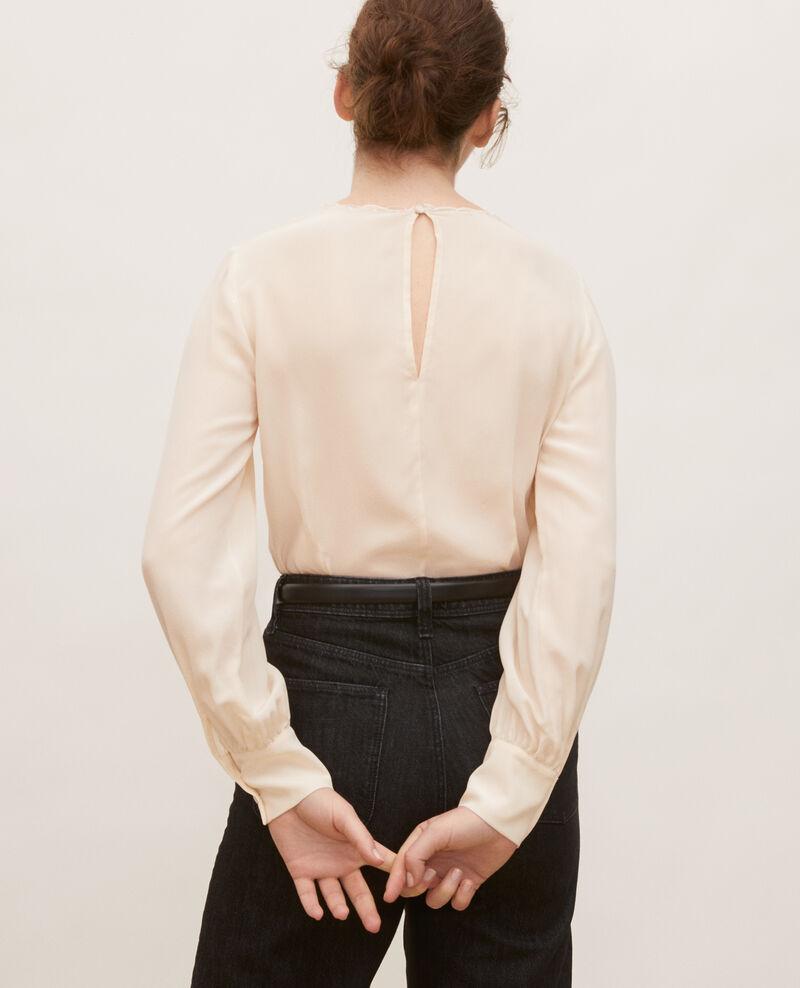 Blusa bordada de seda Buttercream Lolape