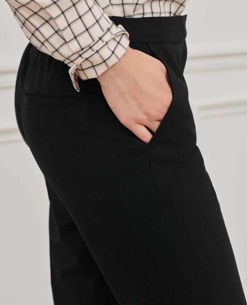 Pantalón MARGUERITE 7/8 ajustado Black beauty Nokeasy