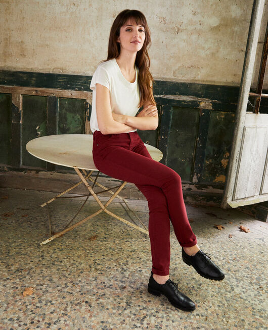 Jeans corte slim CABERNET