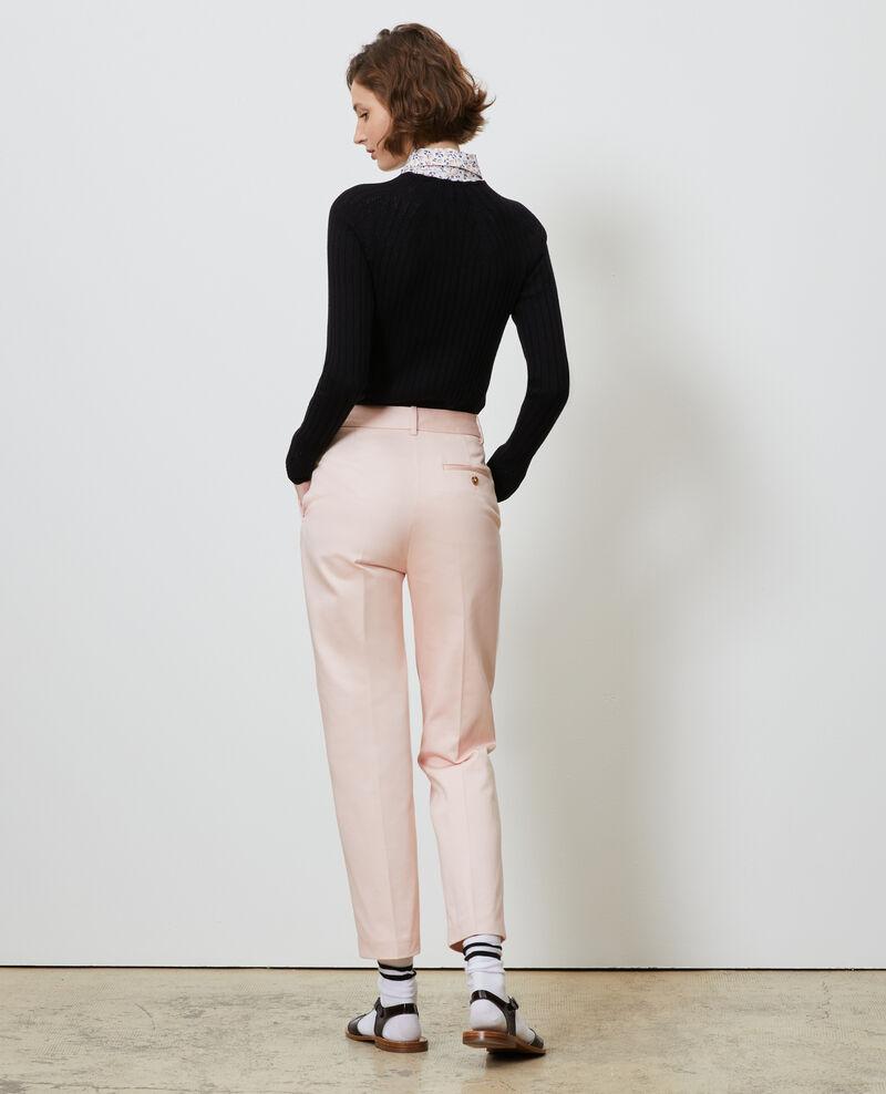 Pantalones chinos 7/8 tapered de algodón Seashell pink Nezel