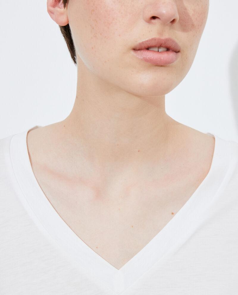 Camiseta fluida con cuello de pico Cloud dancer Paberne