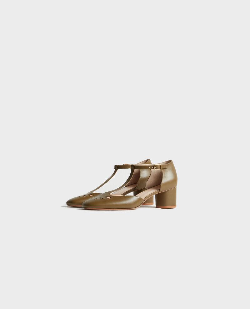 Zapatos salomé de piel Dark olive Pegeve