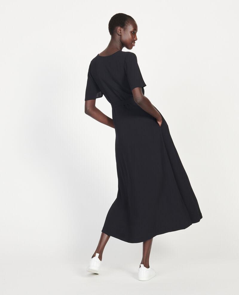 Vestido largo de crepé de viscosa Black beauty Lavish