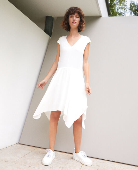 Vestido con escote de pico Blanco