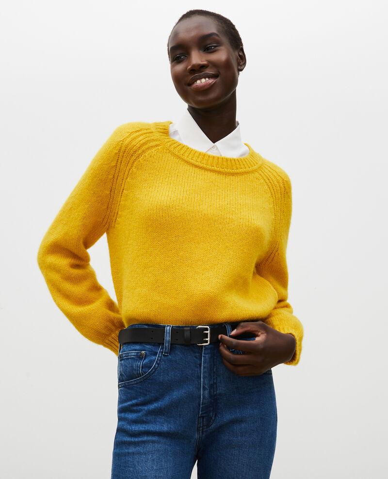 Jersey ancho de lana con escote de barco Lemon curry Mombrier
