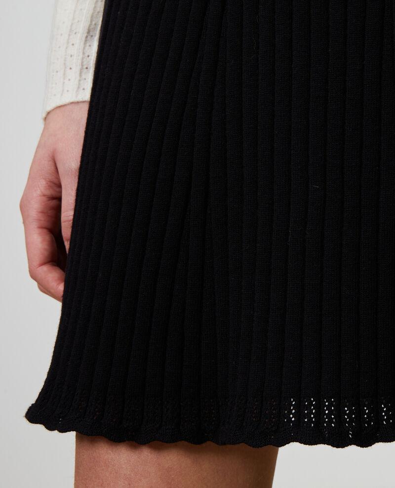 Falda corta de punto 3D Black beauty Noziere