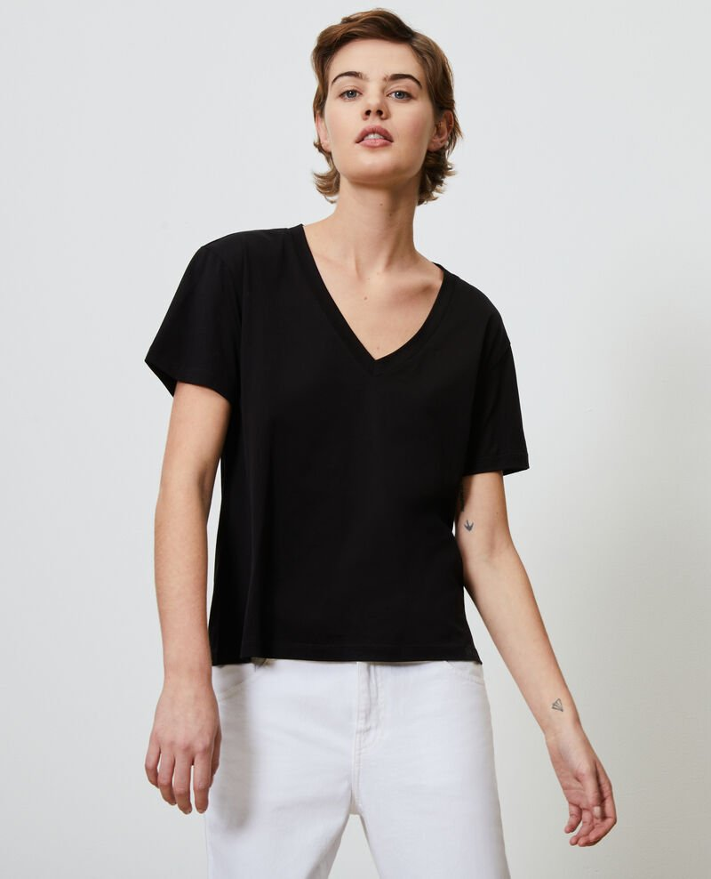 Camiseta de algodón con cuello de pico Black beauty Laberne