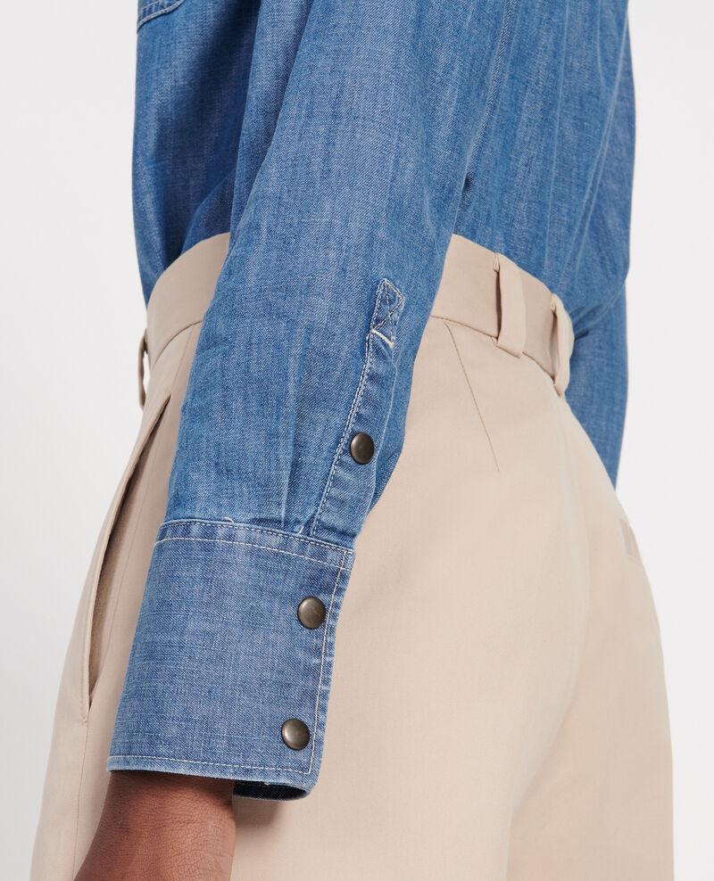 Camisa vaquera con bolsillos asimétricos. Denim blue Ladigna