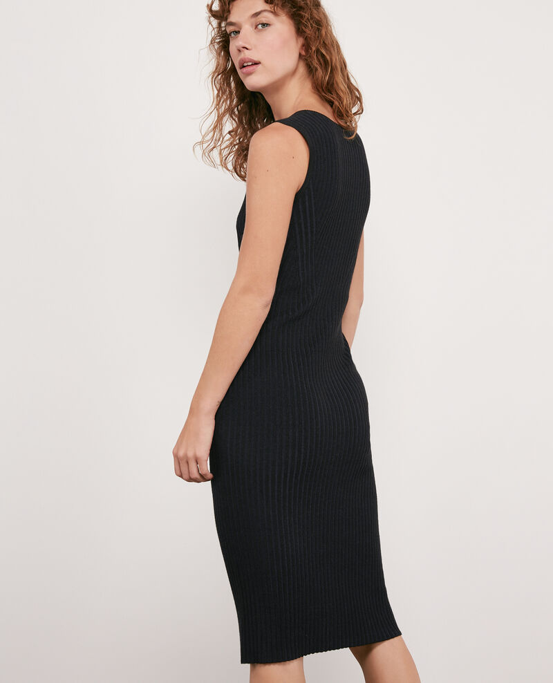 Vestido de punto canalé Noir Deika