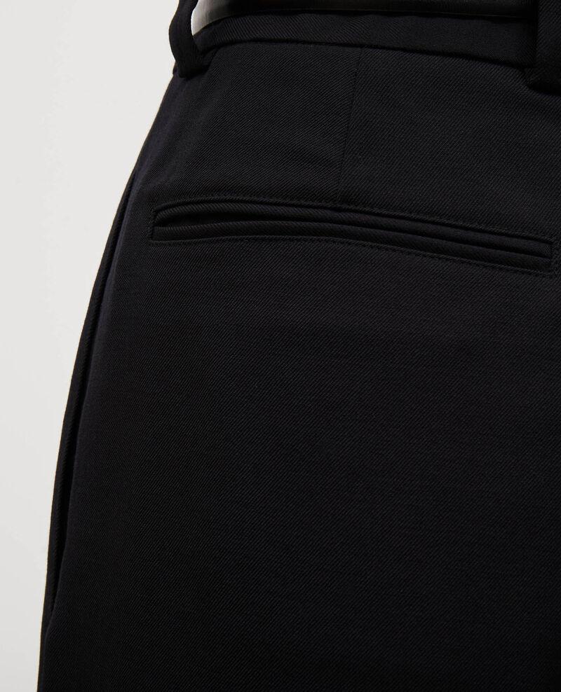 Bermudas anchas de lana con talle alto Black beauty Mercal