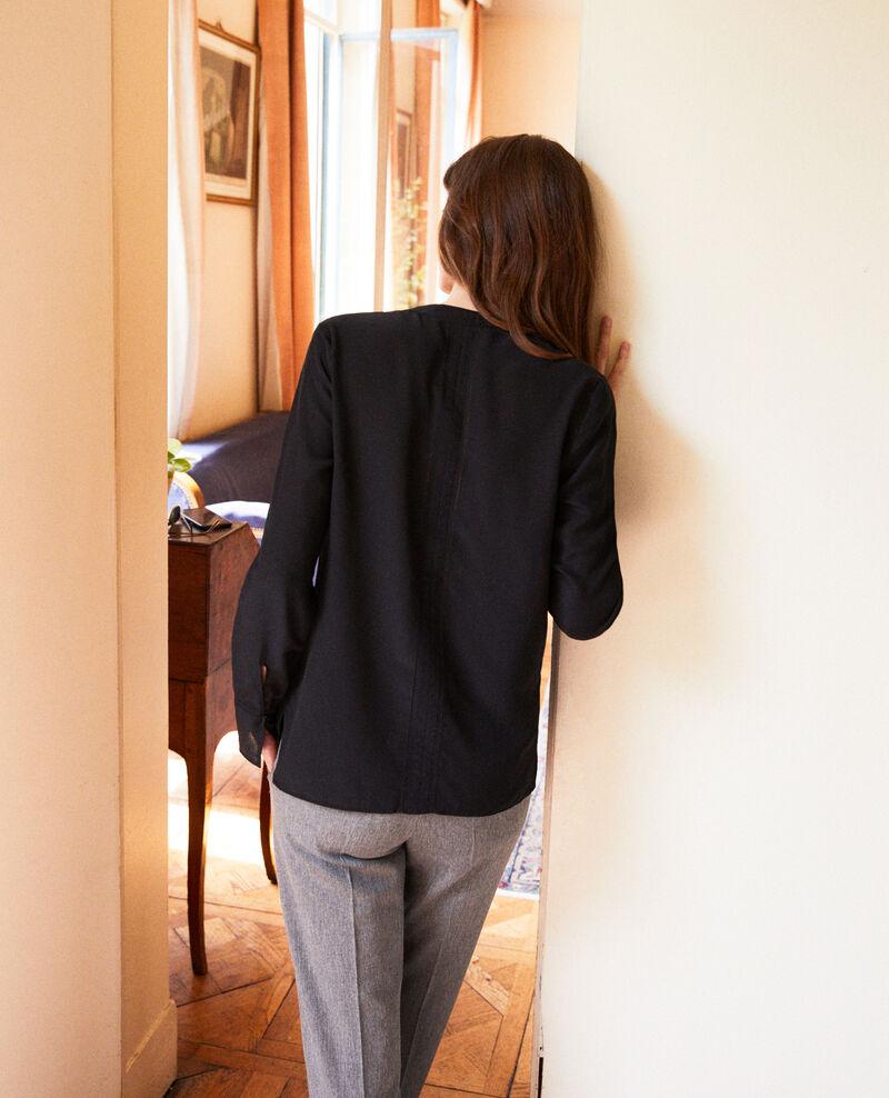Blusa de seda Noir Japristi