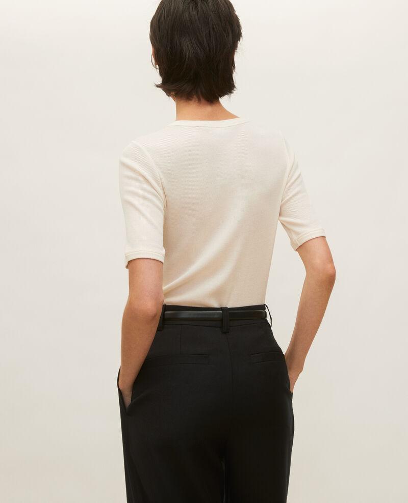 Camiseta fino canalé de algodón mercerizado Buttercream Lasso