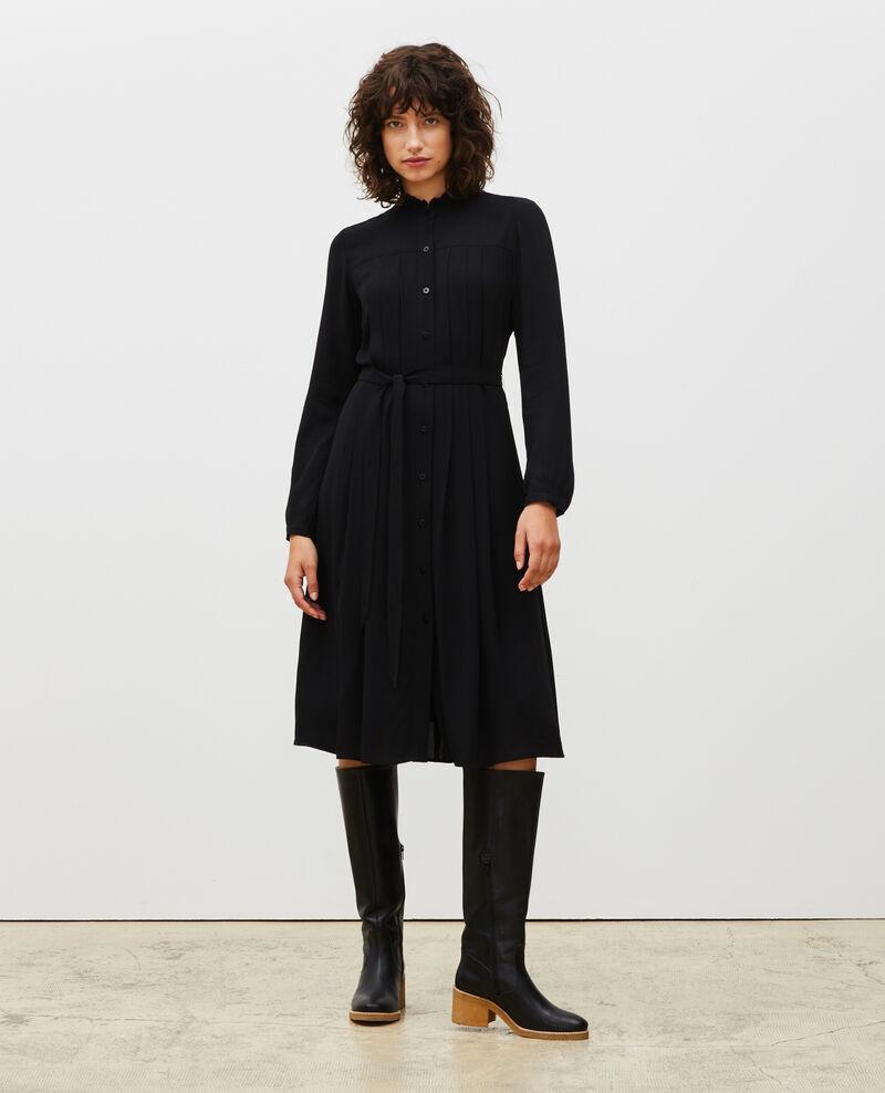Vestido plisado con cinturón  Black beauty Marcilia
