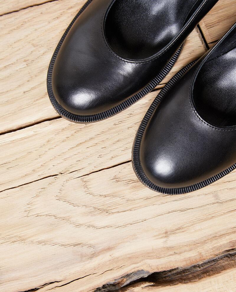 Zapatos salón de piel Noir Idoc