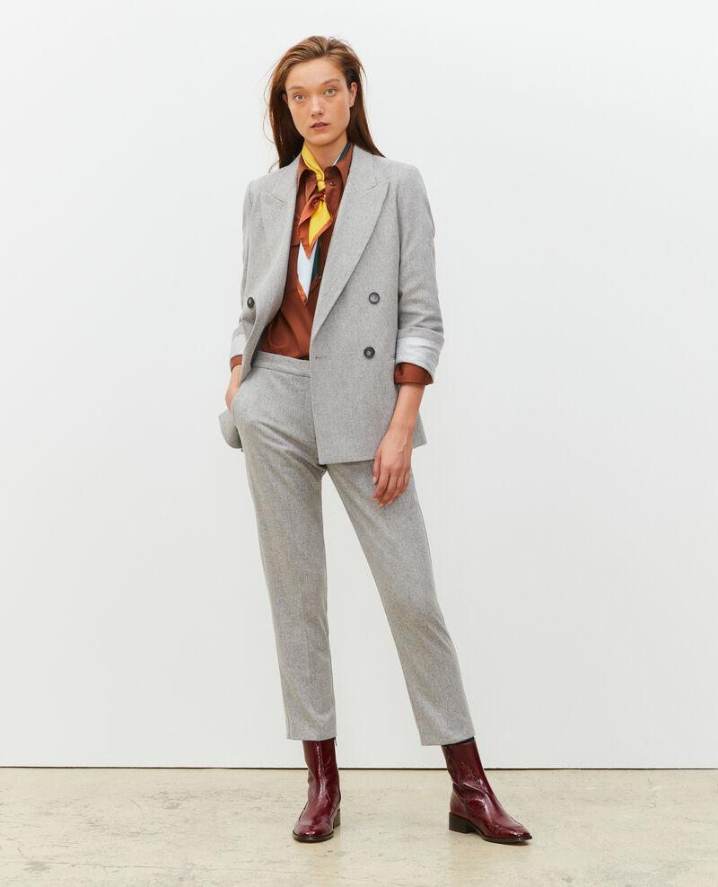 Pantalones MARGUERITE, 7/8 tapered de lana  Light grey melange Mokyo
