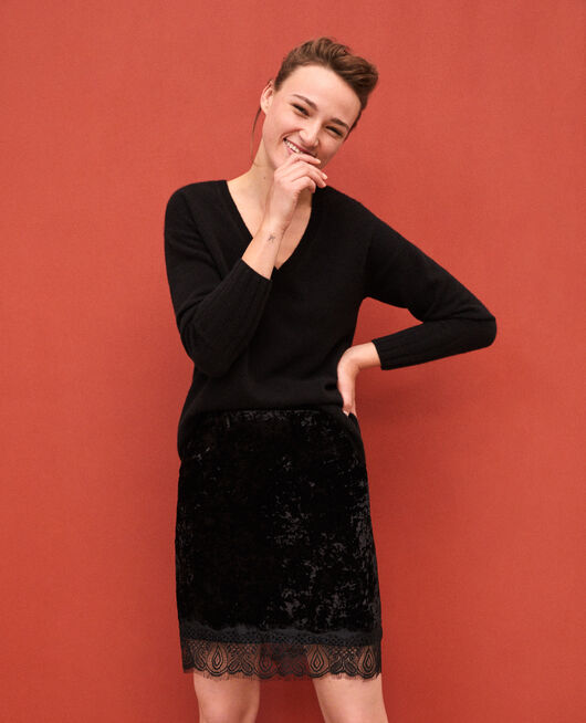 Falda de terciopelo y encaje Negro